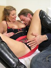 Amateur couple in horny fucking and sucking action